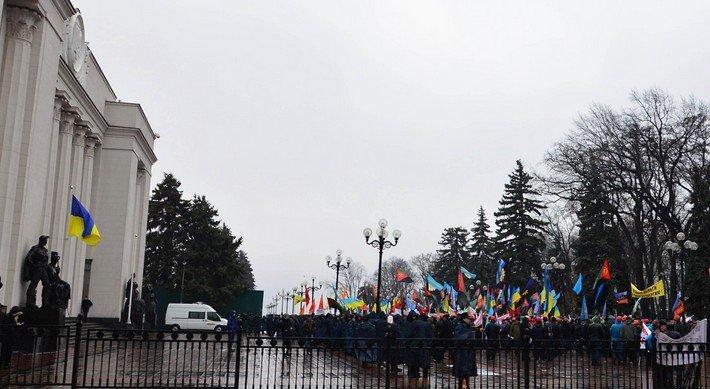 Шахтеры Димитрова и Красноармейска отстаивают свои права на митинге в столице (фото) - фото 1