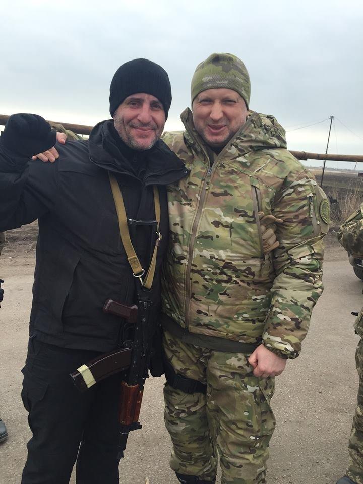 Под Мариуполь приехал Александр Турчинов (фото) - фото 1