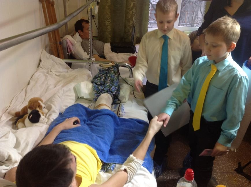 Восьмилетний харьковчанин отказался от празднования дня рождения, а подаренные деньги отдал раненному бойцу АТО (ФОТО+ВИДЕО), фото-6