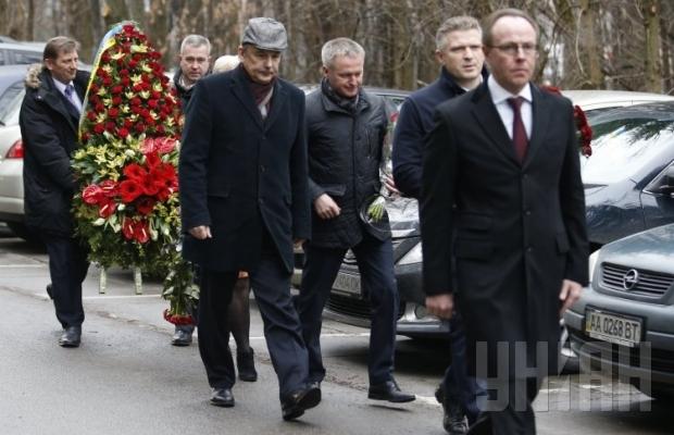В Киеве похоронили экс-регионала Чечетова (ФОТО) (фото) - фото 3