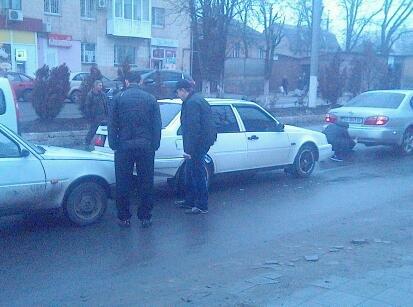 В Кировограде снова столкнулись 3 автомобиля. ФОТО (фото) - фото 1