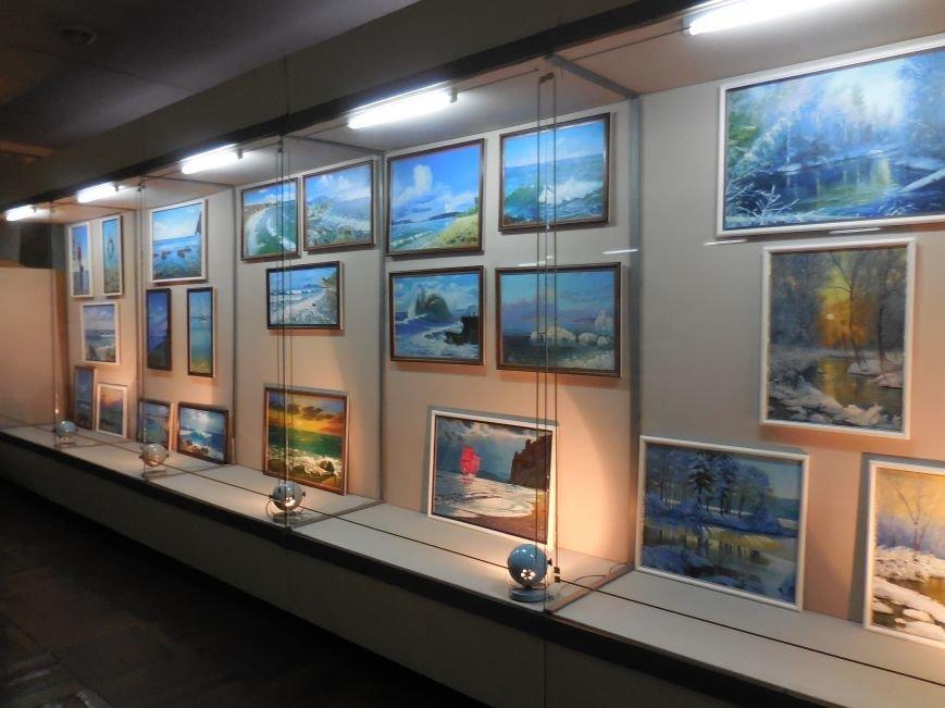 В Красноармейске открылась выставка худажника Валерия Жадана (фото) - фото 2