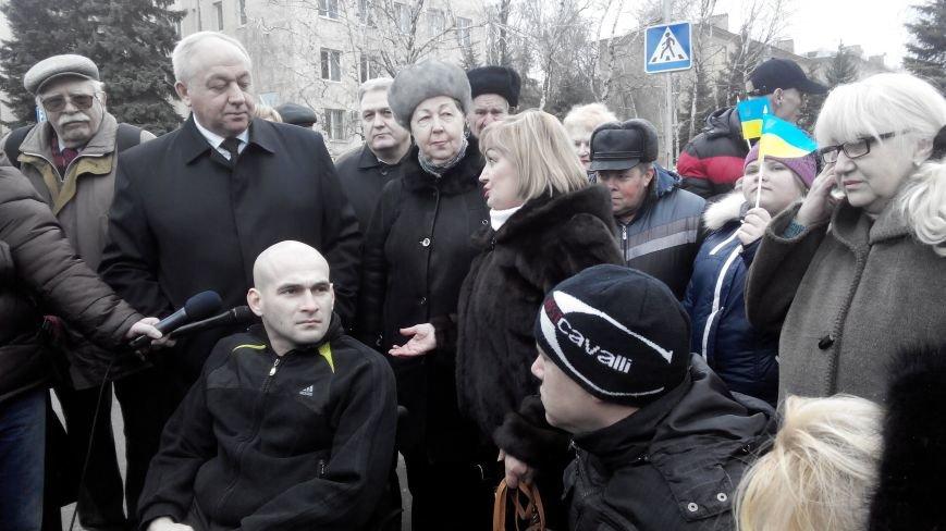 В Краматорск приехал автобус для инвалидов (фото) - фото 4