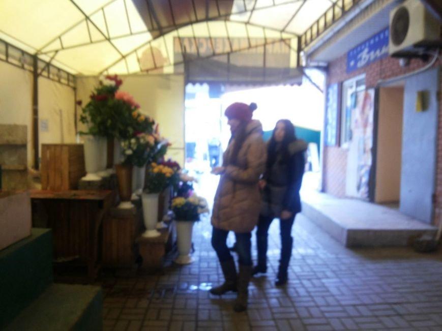 В Мариуполе букет тюльпанов к 8 марта будут продавать по 60 грн. (фото) - фото 1