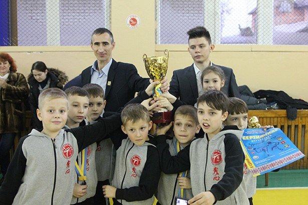В Бердянске прошел турнир по каратэ (фото) - фото 1