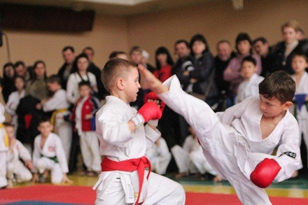 В Бердянске прошел турнир по каратэ (фото) - фото 3