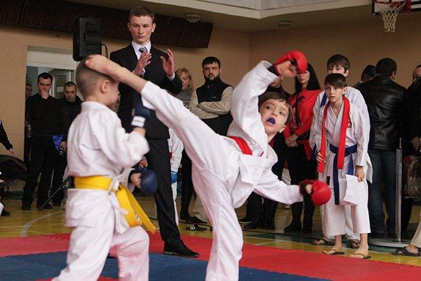В Бердянске прошел турнир по каратэ
