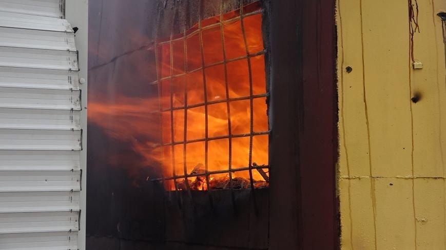 40 дней трагедии на Восточном: мариупольцы вернулись в свои дома и верят, что обстрел не повторится (фото) - фото 1