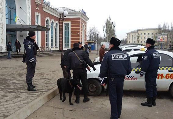 На станции Краматорск милицией проведена профилактическая отработка (ФОТО) (фото) - фото 1