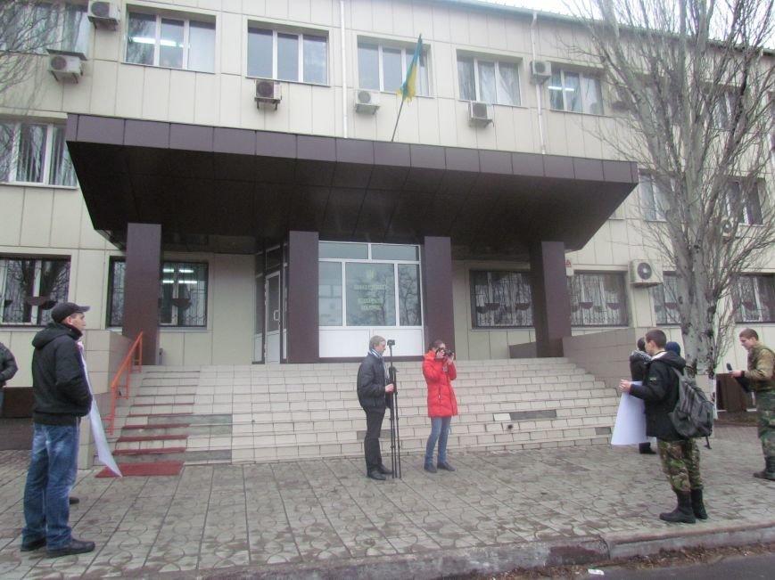 В Мариуполе офицера, спасавшего бойцов под Иловайском, обвинили в незаконном ношении оружия (ДОПОЛНЕНО), фото-5
