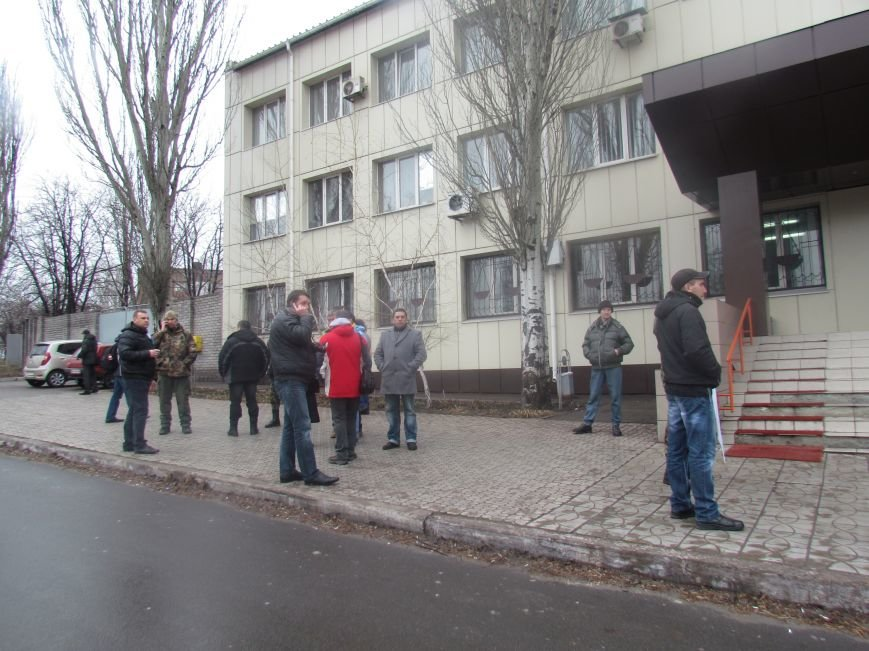В Мариуполе офицера, спасавшего бойцов под Иловайском, обвинили в незаконном ношении оружия (ДОПОЛНЕНО), фото-7