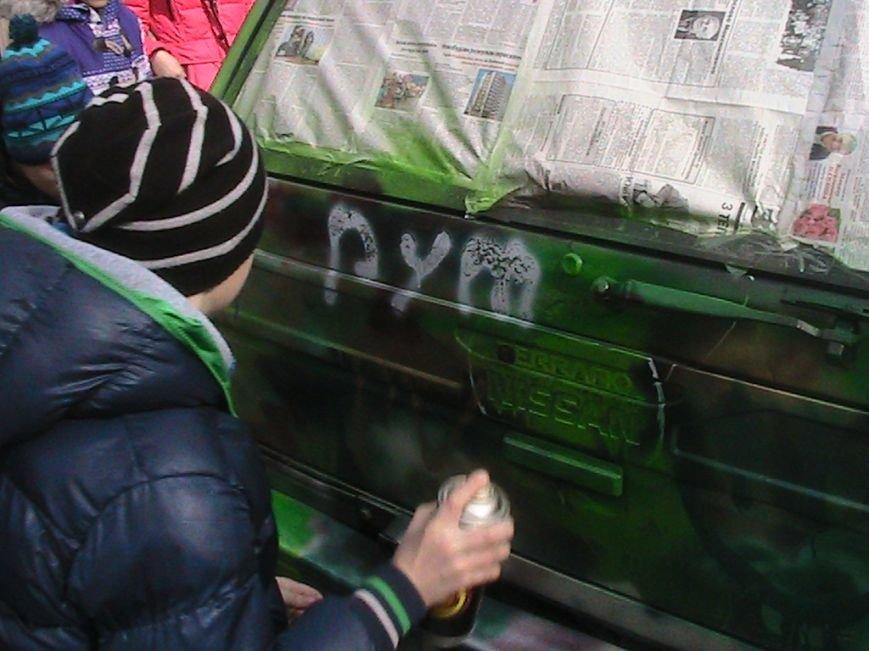 На Львівщині діти подарували десантникам автомобіль на прізвисько «Котигорошко», фото-3