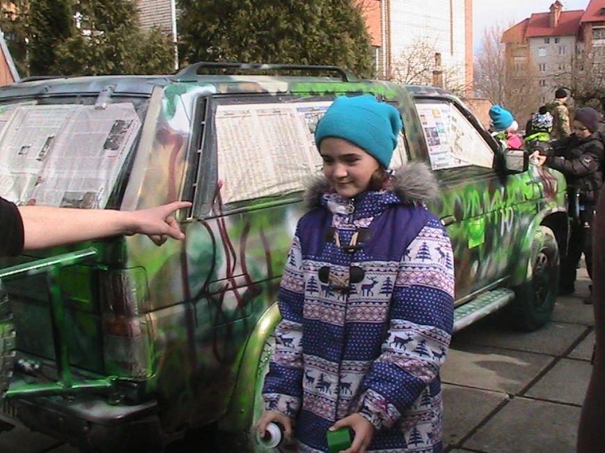 На Львівщині діти подарували десантникам автомобіль на прізвисько «Котигорошко», фото-2