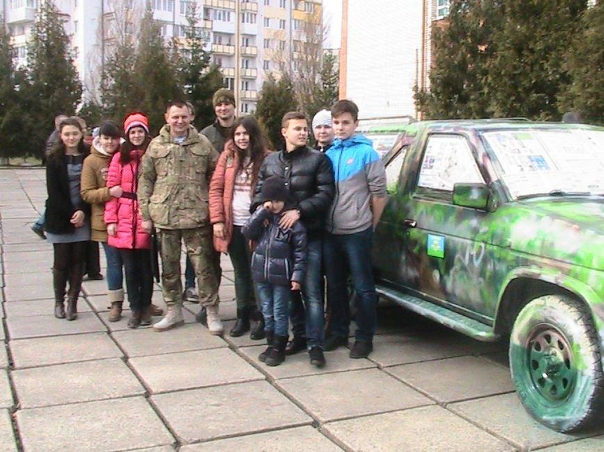 На Львівщині діти подарували десантникам автомобіль на прізвисько «Котигорошко», фото-4