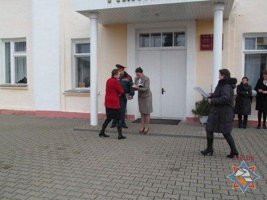 В Гродно 44 школы провели учебную эвакуацию (Фото) (фото) - фото 2