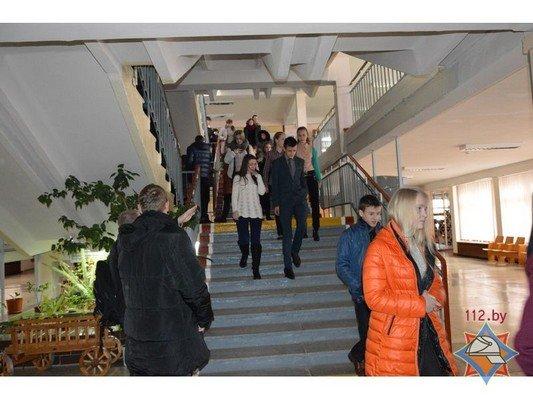 В Гродно 44 школы провели учебную эвакуацию (Фото) (фото) - фото 14