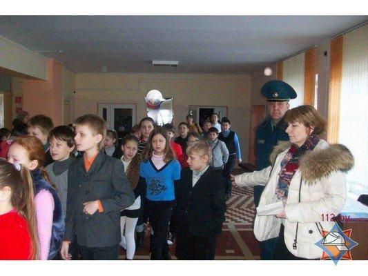 В Гродно 44 школы провели учебную эвакуацию (Фото) (фото) - фото 5