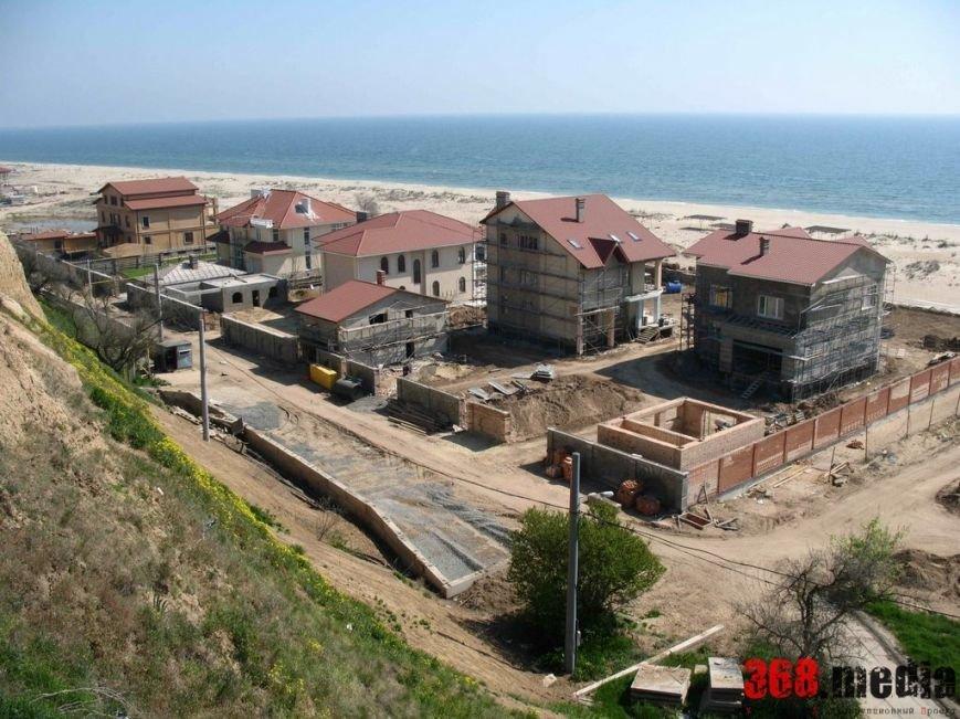 Скорик и Климов причастны к застройке побережья Каролино-Бугаза, - СМИ (фото) - фото 1