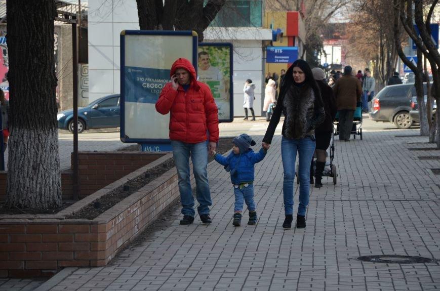 В Мариуполе женщины остались без цветов (ФОТО), фото-2