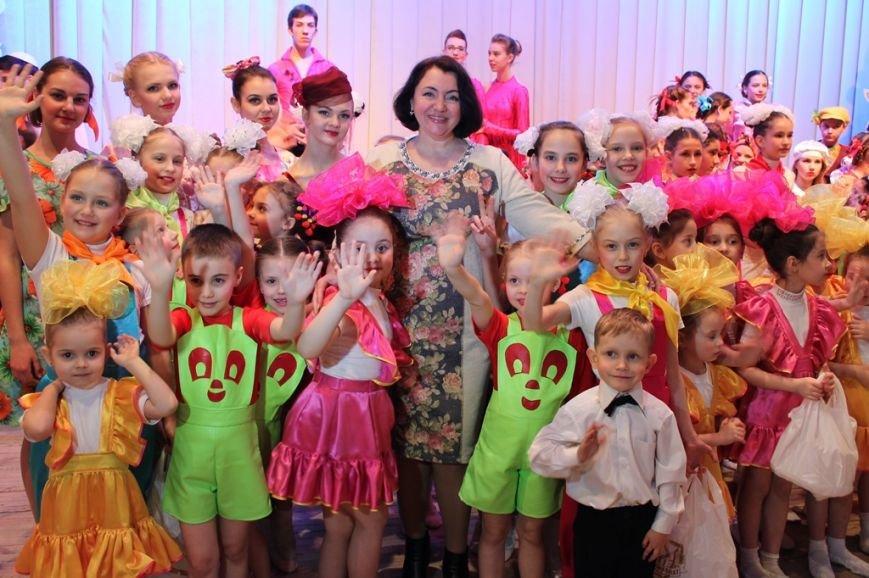 Творческую молодежь Артемовска поощрили сладкими призами, фото-6