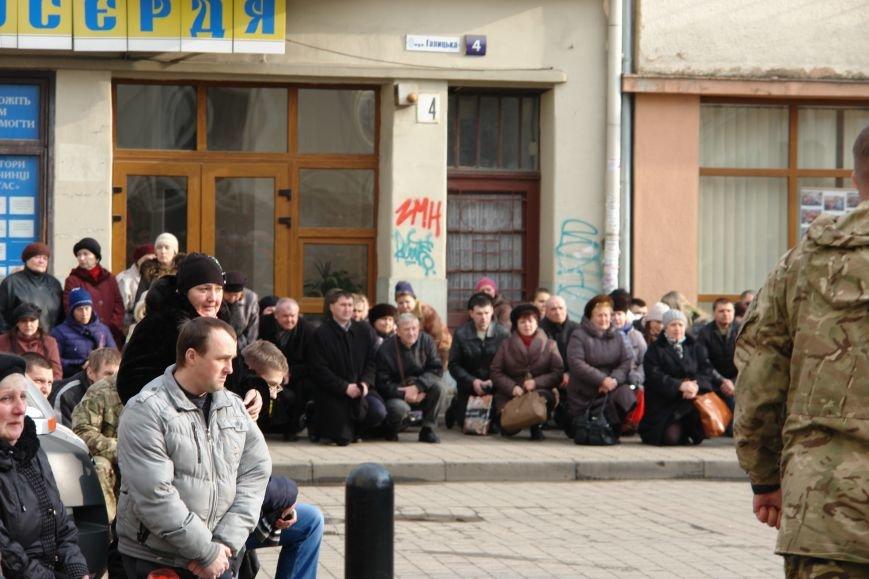 Сьогодні в Івано-Франківську попрощалися із загиблим у зоні АТО бійцем ДУКу Дмитром Ломеєм (фото) - фото 4