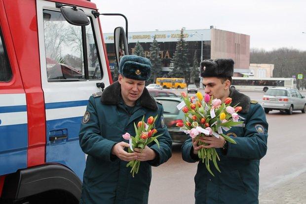 МЧС акция_цветы_гомель 003