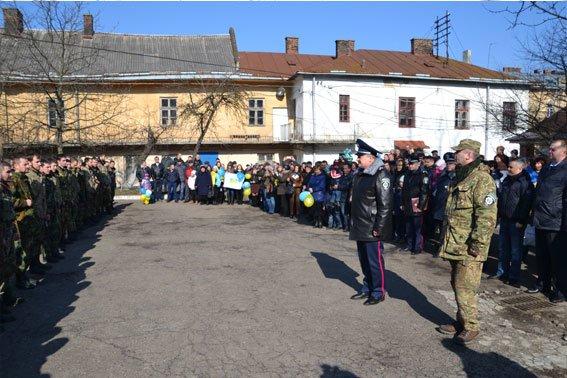 До Львова із зони АТО повернулись наші бійці (фото) - фото 1