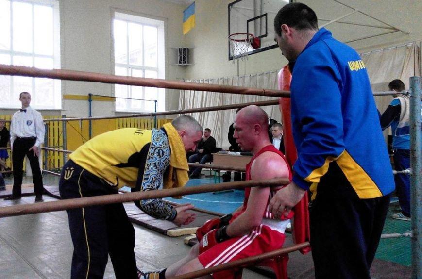 У Черкасах проходить Чемпіонат області з боксу серед чоловіків та молоді.(ФОТО) (фото) - фото 4