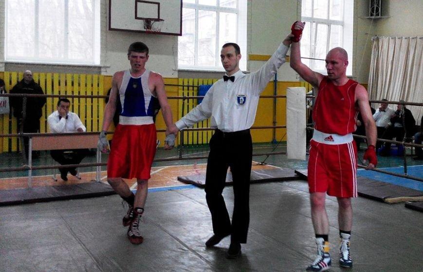 У Черкасах проходить Чемпіонат області з боксу серед чоловіків та молоді.(ФОТО) (фото) - фото 5