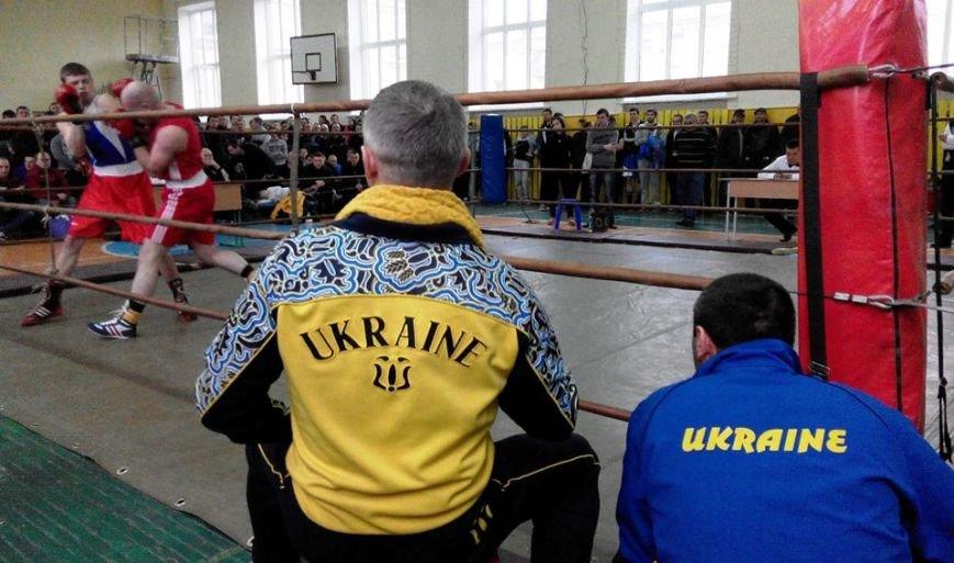 У Черкасах проходить Чемпіонат області з боксу серед чоловіків та молоді.(ФОТО) (фото) - фото 3