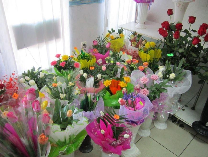 8 марта Димитров утопает в цветах (ФОТОРЕПОРТАЖ), фото-7