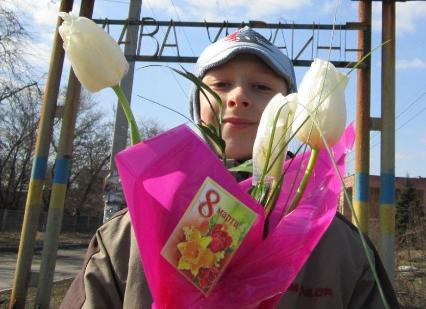 8 марта Димитров утопает в цветах (ФОТОРЕПОРТАЖ), фото-12