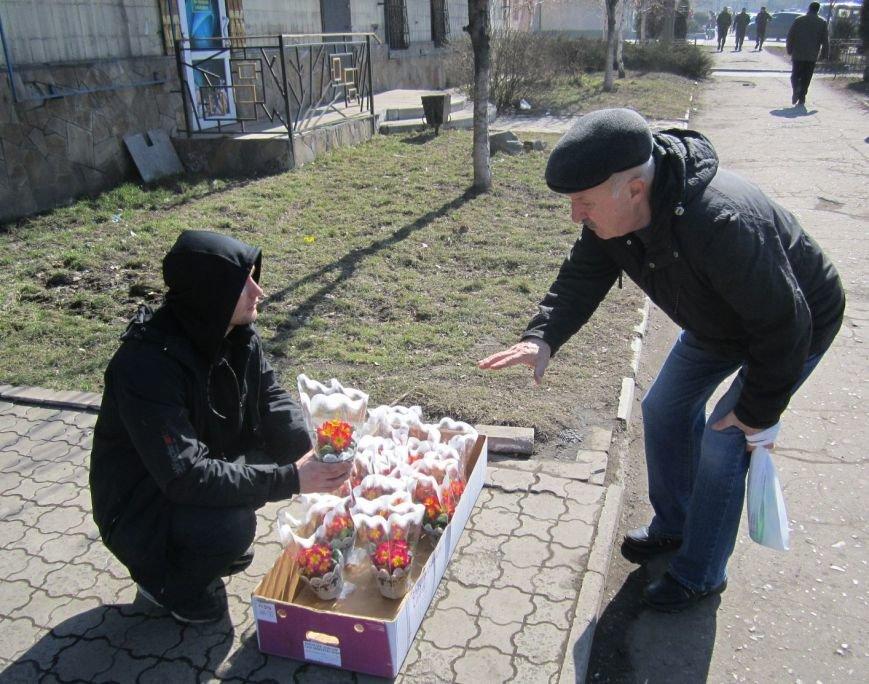 8 марта Димитров утопает в цветах (ФОТОРЕПОРТАЖ), фото-2