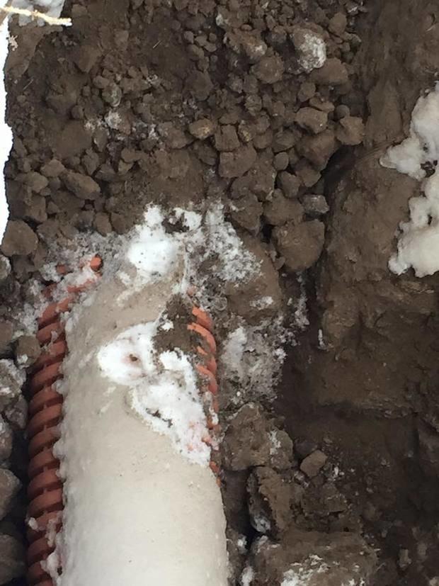 У Черкасах фіктивна фірма «ремонтує» міську каналізацію(ФОТО, ВІДЕО) (фото) - фото 5