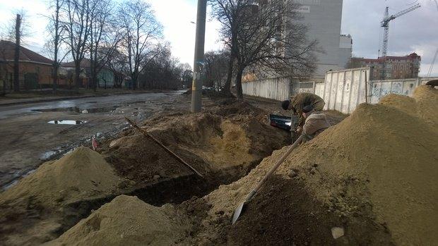 У Черкасах фіктивна фірма «ремонтує» міську каналізацію(ФОТО, ВІДЕО) (фото) - фото 14