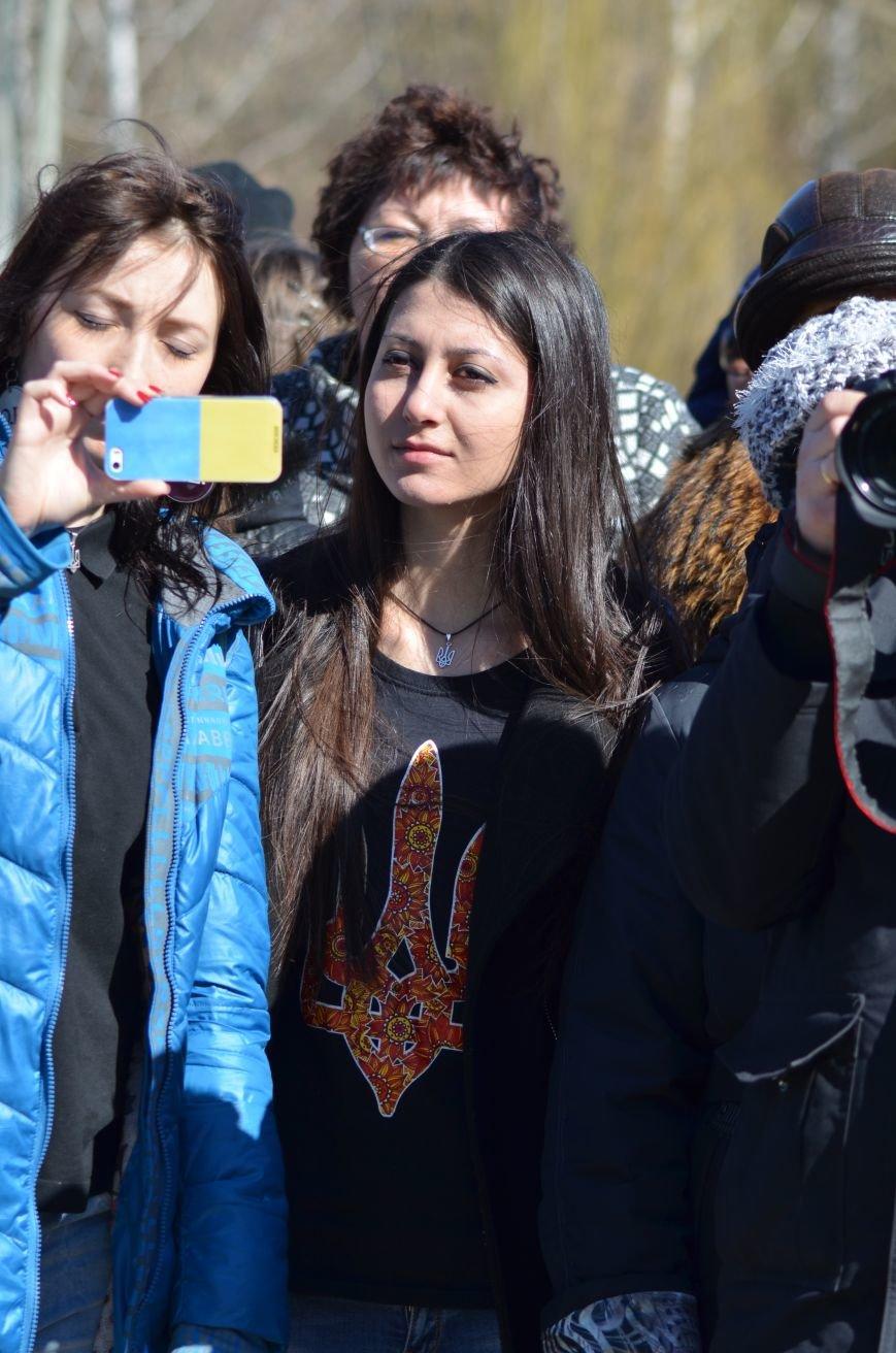 В Симферополе после акции ко дню рождения Тараса Шевченко организаторов увели в полицию, фото-7
