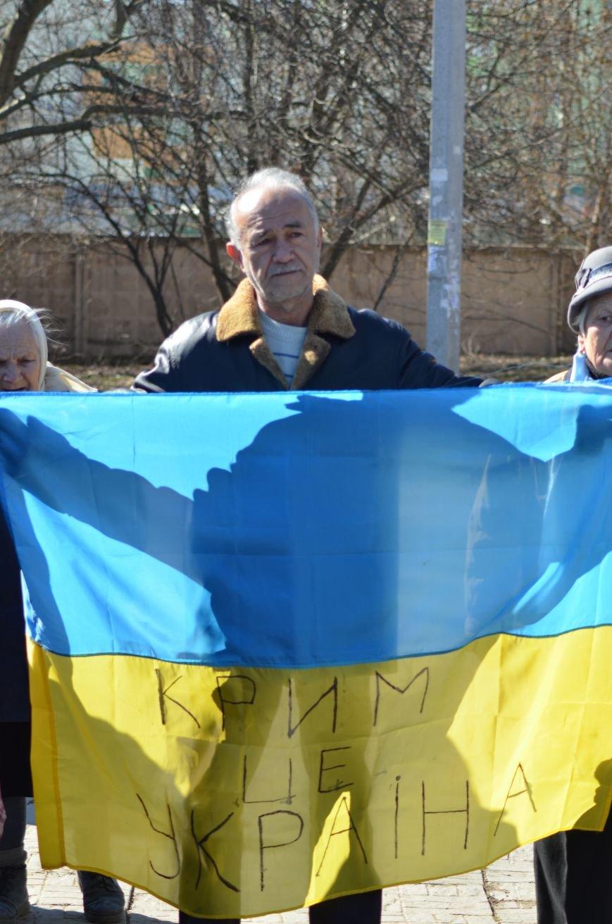 В Симферополе после акции ко дню рождения Тараса Шевченко организаторов увели в полицию, фото-9