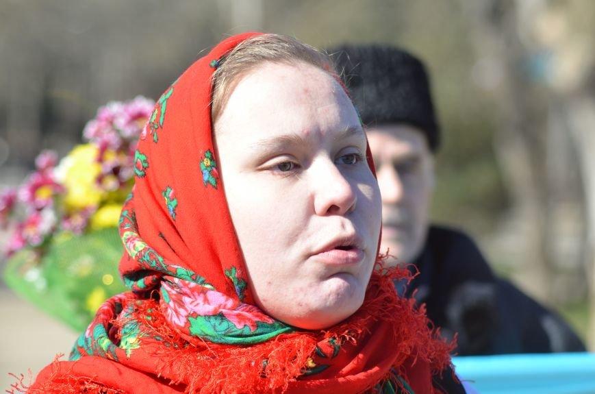 В Симферополе после акции ко дню рождения Тараса Шевченко организаторов увели в полицию, фото-6