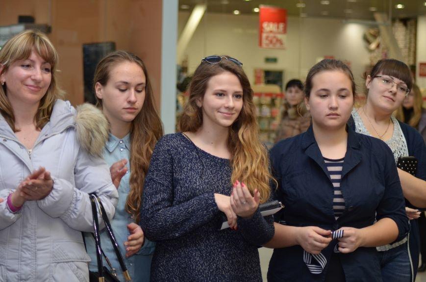 В Симферополе к Международному женскому дню провели «Битву стилистов», фото-6