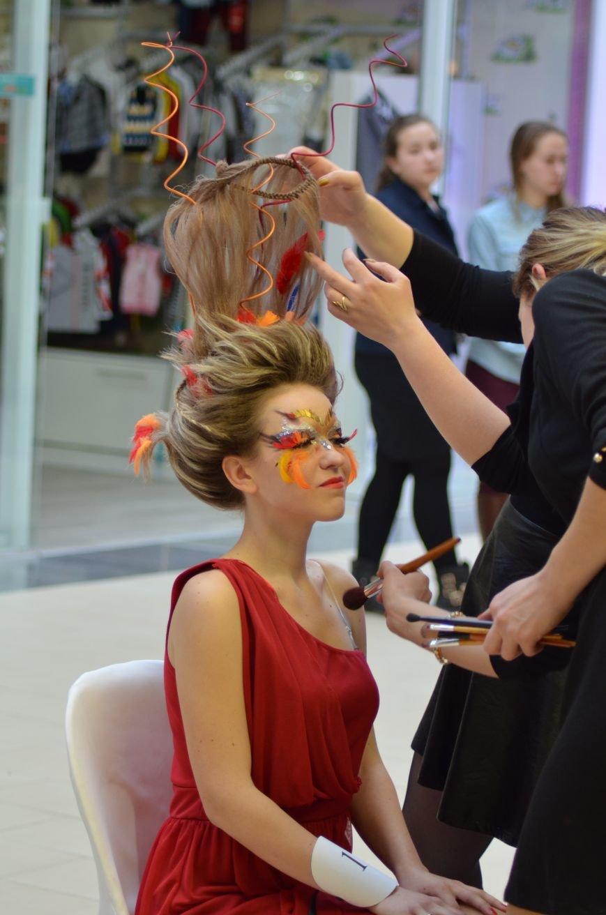 В Симферополе к Международному женскому дню провели «Битву стилистов», фото-2