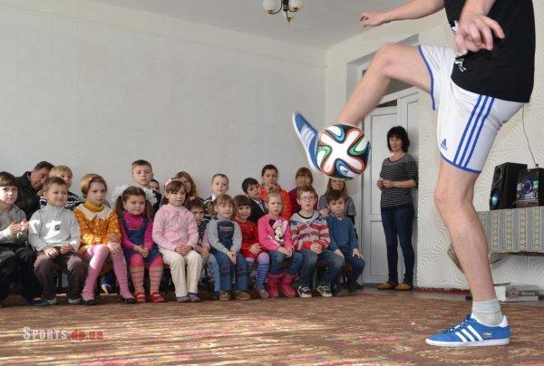 Днепропетровские фристайлеры выступили для детей в приюте (ФОТО), фото-1