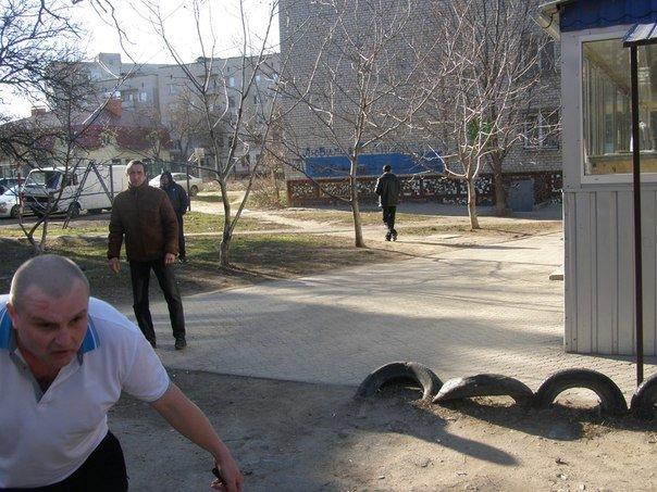 В Николаеве общественники поймали в Дубках наркомана (ФОТО) (фото) - фото 1
