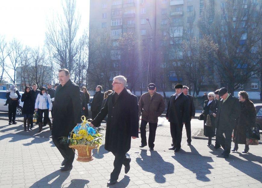 В Доброполье почтили память Тараса Григорьевича Шевченко (фото) - фото 1