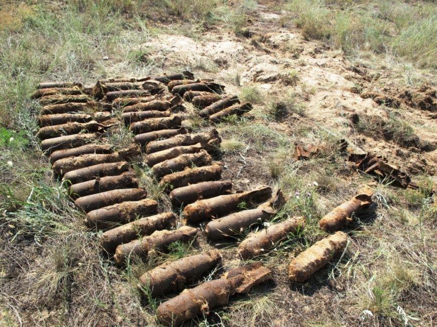 С начала года запорожские спасатели обезвредили 276 боеприпасов времен ВОВ (ФОТО) (фото) - фото 1
