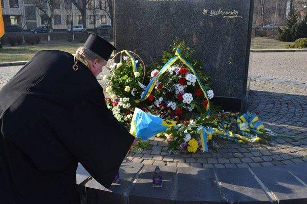Як молодь Ужгорода ушанувала світлу пам'ять Тараса Шевченка (ФОТО), фото-7