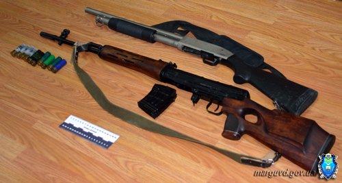У мариупольцев изъяли взрывчатку, пистолеты и гранаты (ФОТО), фото-2