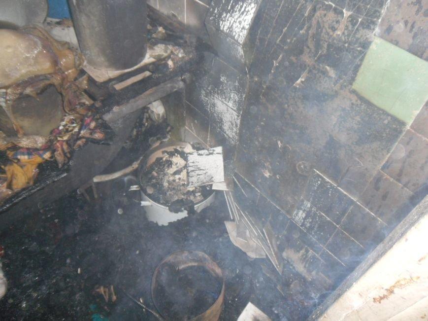 В Днепровском районе Днепродзержинска горела квартира по бульвару Строителей, фото-1