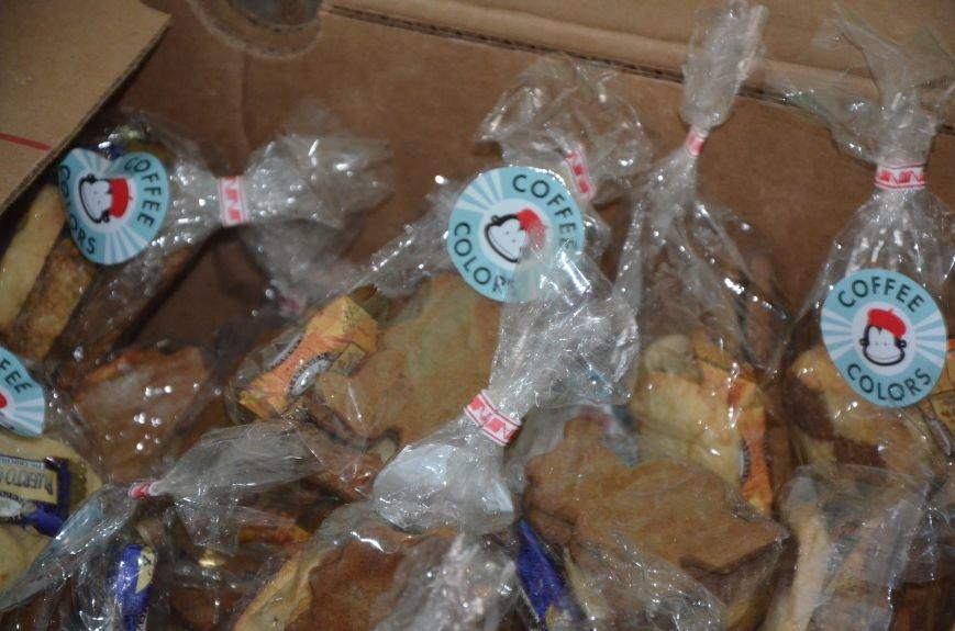 Жителям прифронтовых Чермалыка и Лебединское вблизи Мариуполя доставили гуманитарную помощь (ФОТО), фото-4