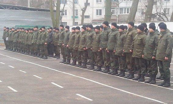 Кременчугские воины Национальной гвардии Украины отправились в зону АТО (ФОТО) (фото) - фото 1