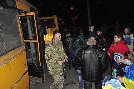 Рівняни з АТО повернулись согодні додому (фото) - фото 2